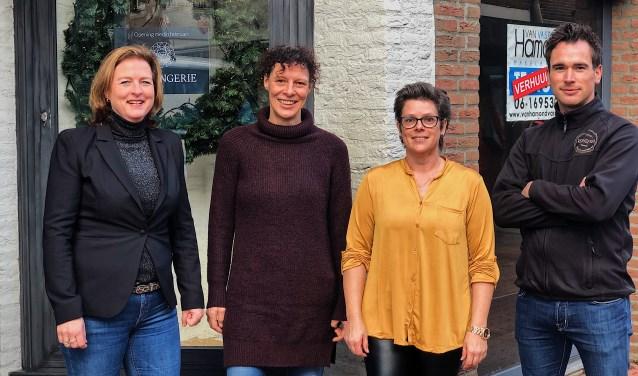 Janine Heethuis (Jes Lingerie), Simone Marinus (Siepie's Edelstenen & Mineralen), Miranda Paling (De Zaak) en Geert vd Hagen (Bakkerij Verhoeven).