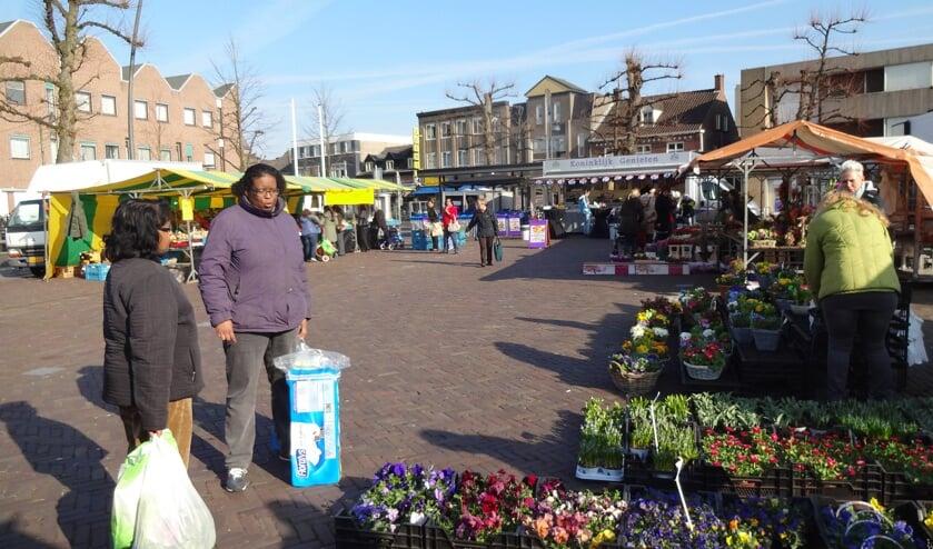 Op de Markt in Uden komt een standplaats vrij. (foto: Ankh van Burk)