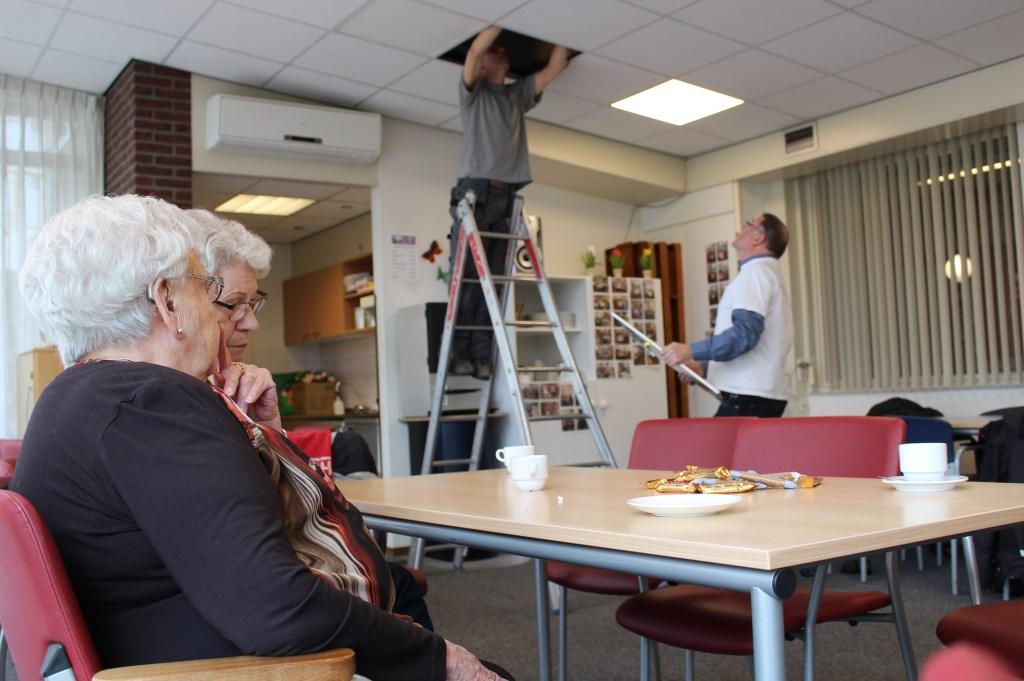 Nieuwe verlichting in seniorencomplex Odiliaflat dankzij \'AreaDoet\'