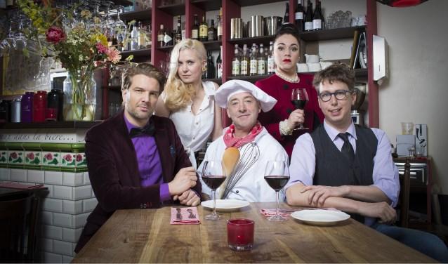 Twintig jaar na de laatste aflevering van In de Vlaamsche Pot is er een theaterversie van de hitserie.