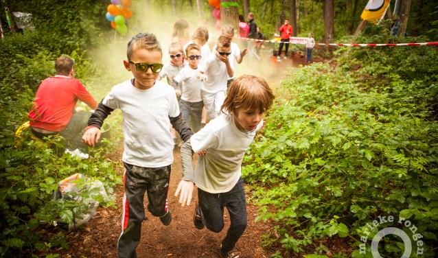 Color Fun Run Boxmeer. (foto: Marieke Rongen)