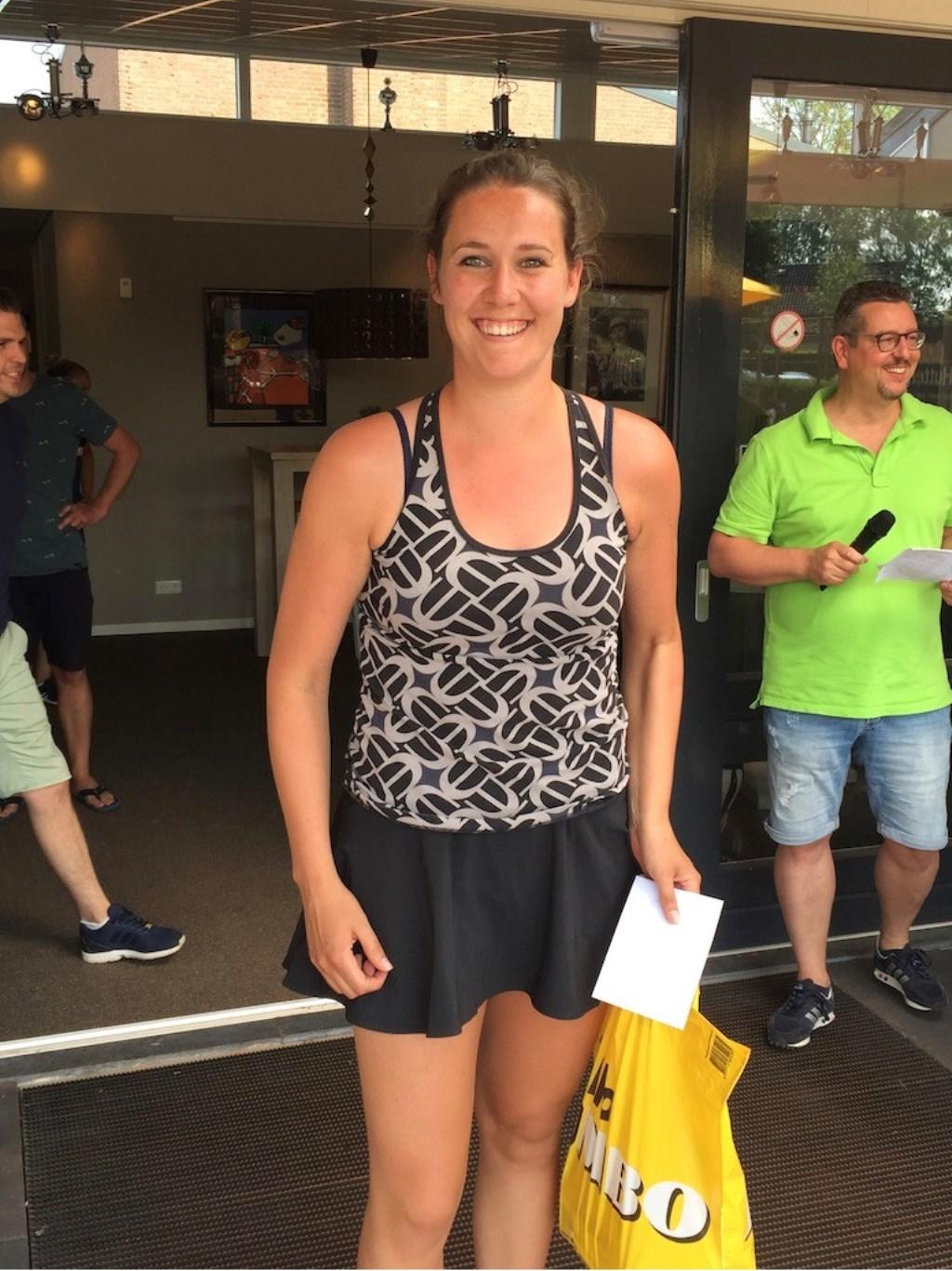 Lisanne van Riet won het hoogste onderdeel, dames enkel 2  © Kliknieuws Veghel