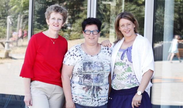 Sabina  ('t Kroontje), Ellen (directeur Vijfmaster) en Wendy ('t Kroontje)
