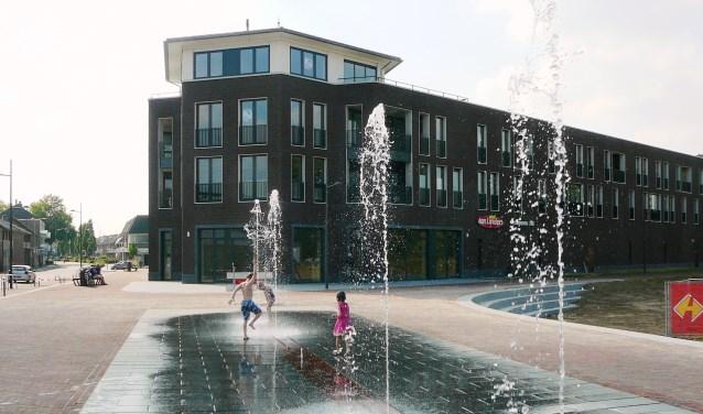 Kinderen kunnen veilig spelen in de fontein in Gennep.