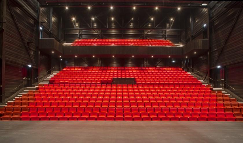 De grote theaterzaal op de Noordkade.