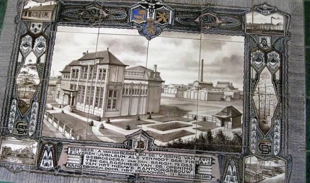 Een tegeltableau van het Bergosskantoor.