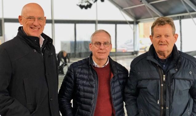 Ton Claassen (Rotary Meierijstad), Rob Wagemakers (ijsmeester) en Bert Vissers (vrijwilliger van Veghel on Ice).