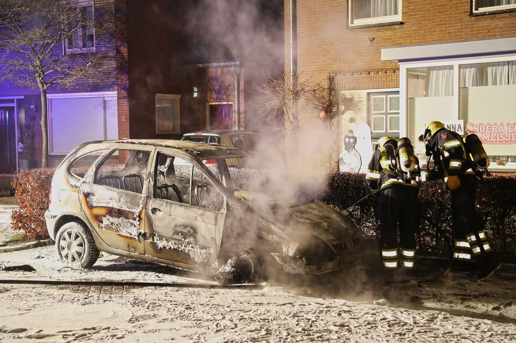 Autobrand in Ravenstein. (Foto: Gabor Heeres / Foto Mallo)  © 112 Brabantnieuws