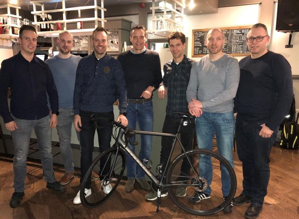 Team BAS goes HuZes heeft zojuist de laatste vergadering gehouden in de Stapperij omtrent het Wielercafé op woensdag 20 februari.