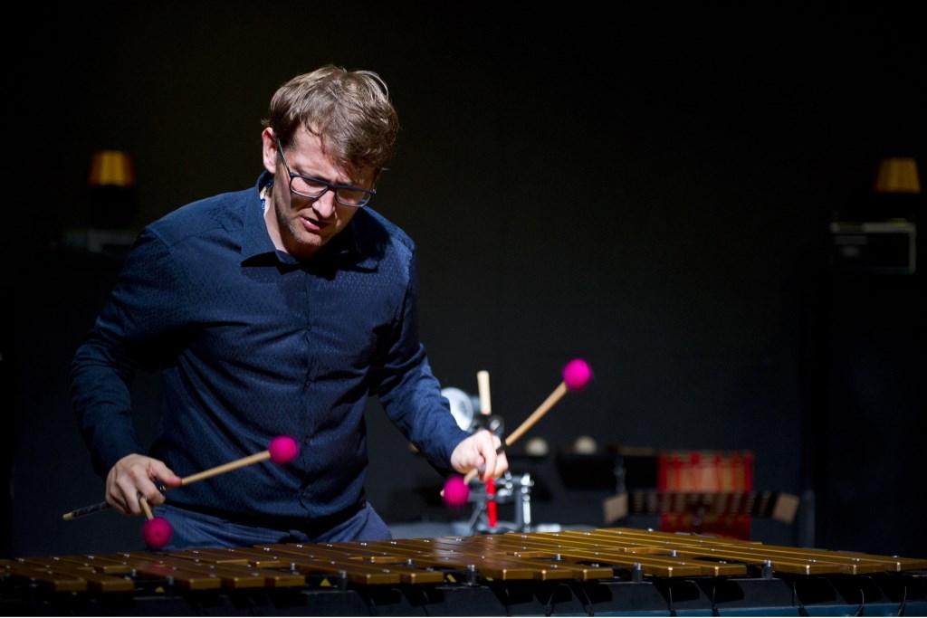 Top-percussionist Vincent Houdijk komt tijdens het dinerconcert naar Zijtaart.  © Kliknieuws Veghel