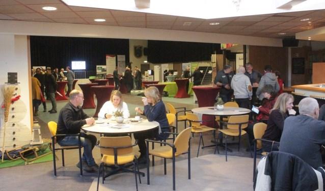 Op zondag 3 februari werd in MFA Oelbroeck een geslaagde energiebeurs gehouden. Deze trok ruim 600 bezoekers. (foto: Kees de Bruijn)