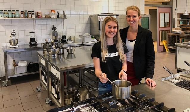 Pip Schevers en Nathalie Weerepas, haar coach op het Fioretti College.