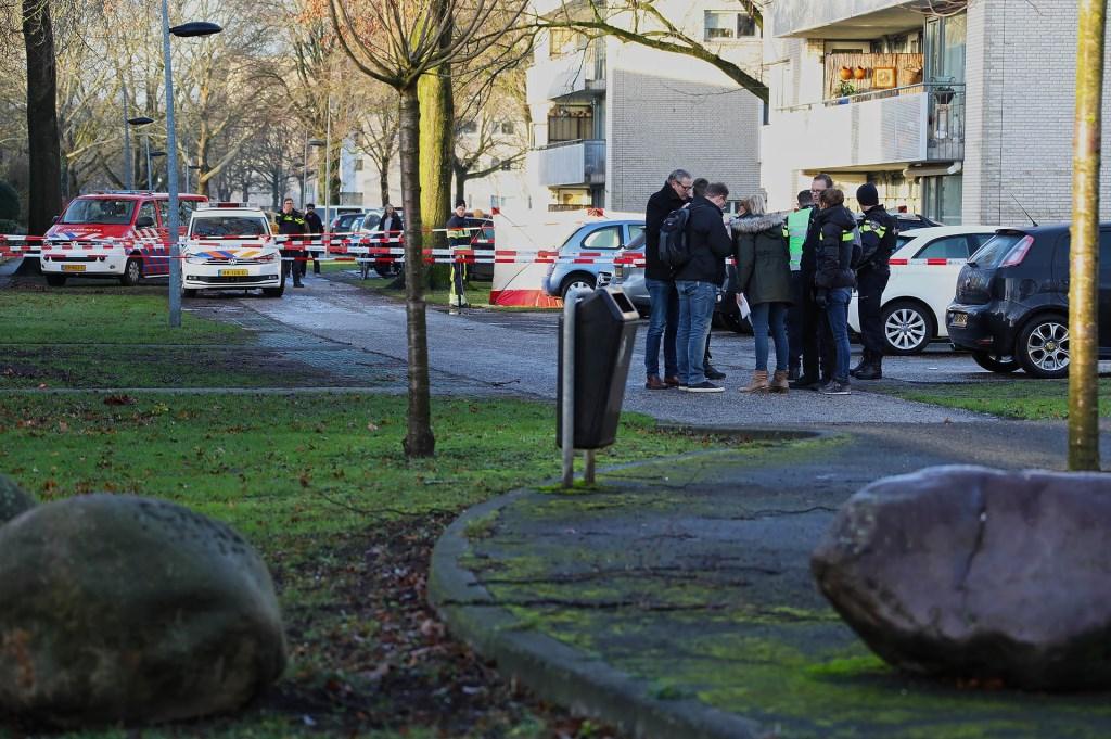 Schietpartij in Anna Bijnsstraat. (Foto: Gabor Heeres / Foto Mallo)  © 112 Brabantnieuws