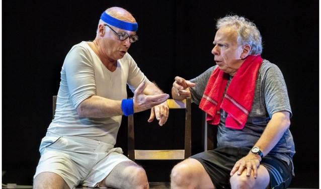 Kuijt en Elbertse spelen Harrie en Wilfried, een vergeetachtige man en een ietwat negatieve.