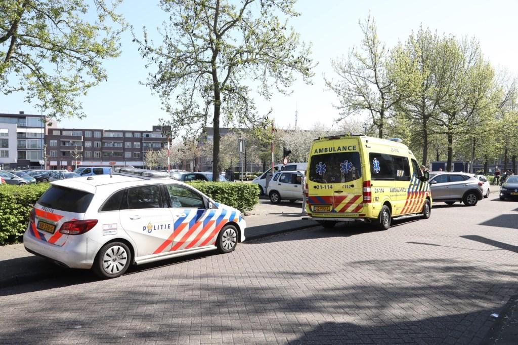 Fietser gewond bij ongeval op de Boterstraat. (Foto: Gabor Heeres / Foto Mallo)