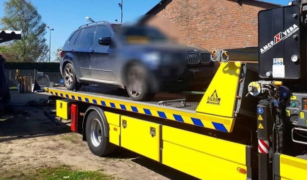 De gestolen BMW. (Foto: Facebook politie Oss)
