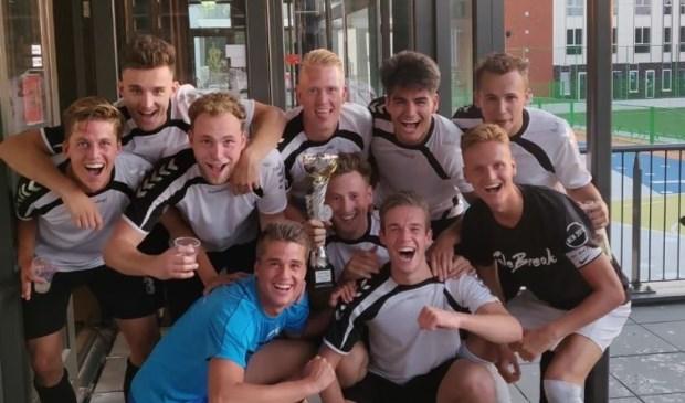 De winnaars van het eerste Osse WK vorig jaar.