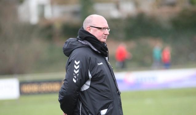 Ton Berens vertrekt deze zomer als trainer van SES Langenboom. (foto: Peter Kuijpers)