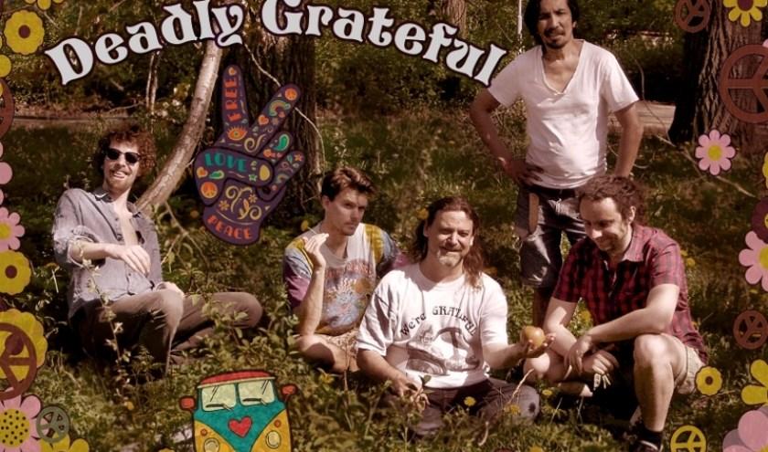 Deadly Grateful speelt nummers van de band Grateful Dead