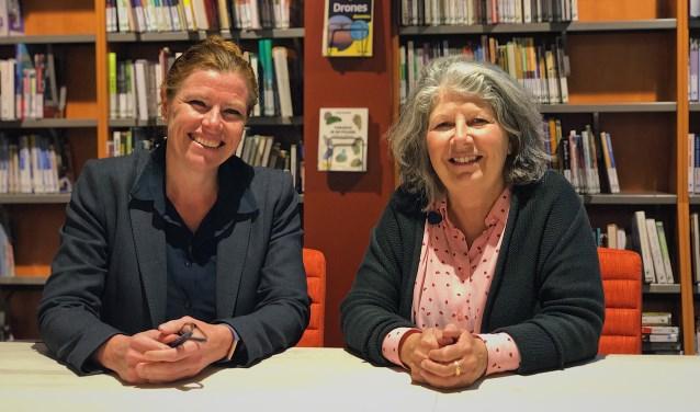 Barbara Sol (R) en Gertrude van den Elzen (L) gaan de komende periode vaker samenwerken.