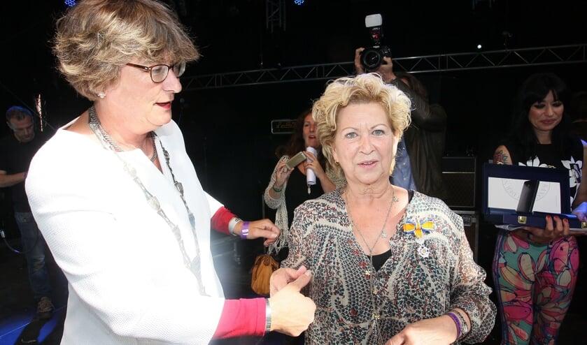 Penny Klamer - Suppers werd in 2016 benoemd tot Lid in de Orde van Oranje-Nassau.