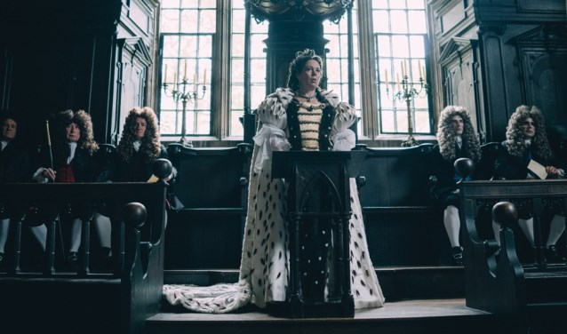 "Olivia Colman stars in Fox Searchlight Pictures' ""THE FAVOURITE."""