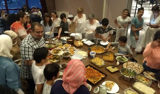Iftar voor Ossenaren en 'nieuwe Ossenaren'