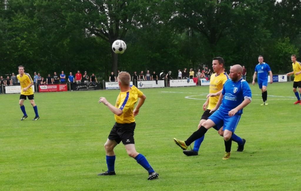 Hulsel won van SBV.  © Kliknieuws Oss