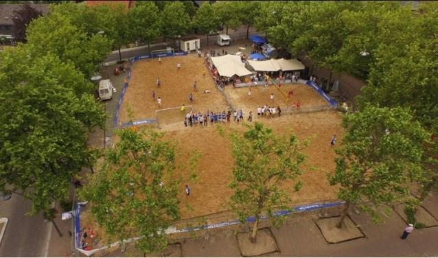 HetStrandbal Festivalis in hetzelfde weekend als Zand en Zo.
