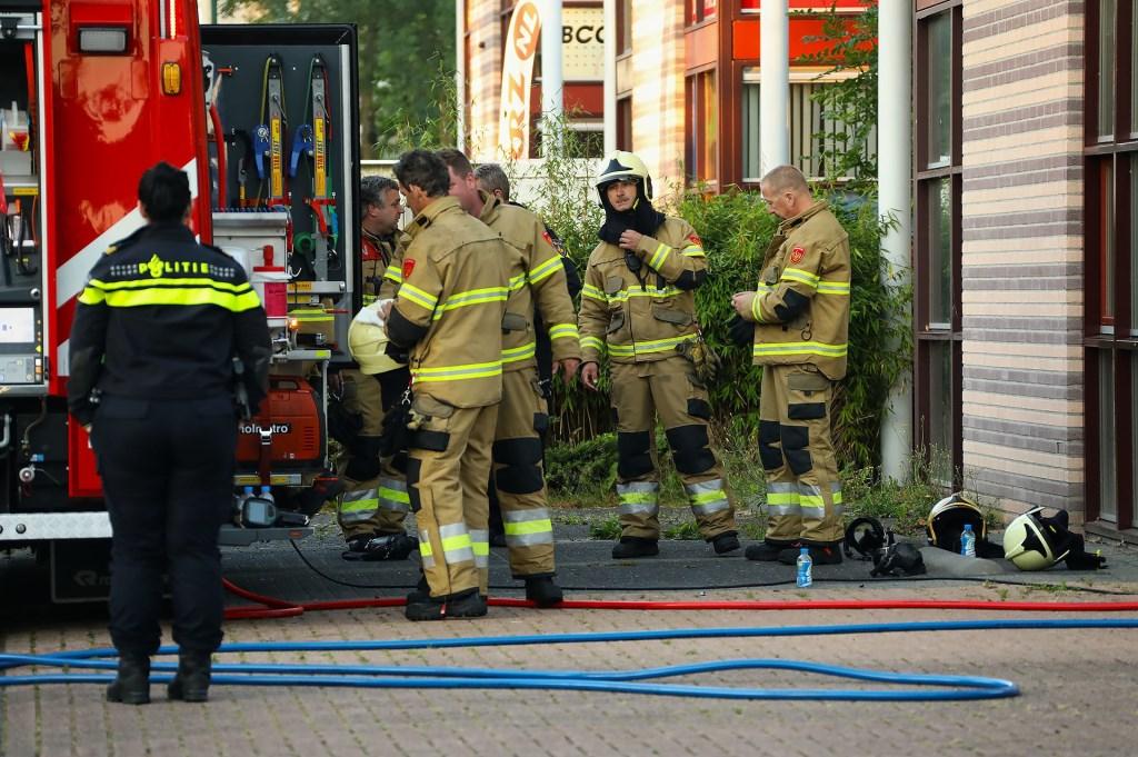 Brand in bedrijfspand Vlinderhof. (Foto: Gabor Heeres / Foto Mallo)  © Kliknieuws Oss