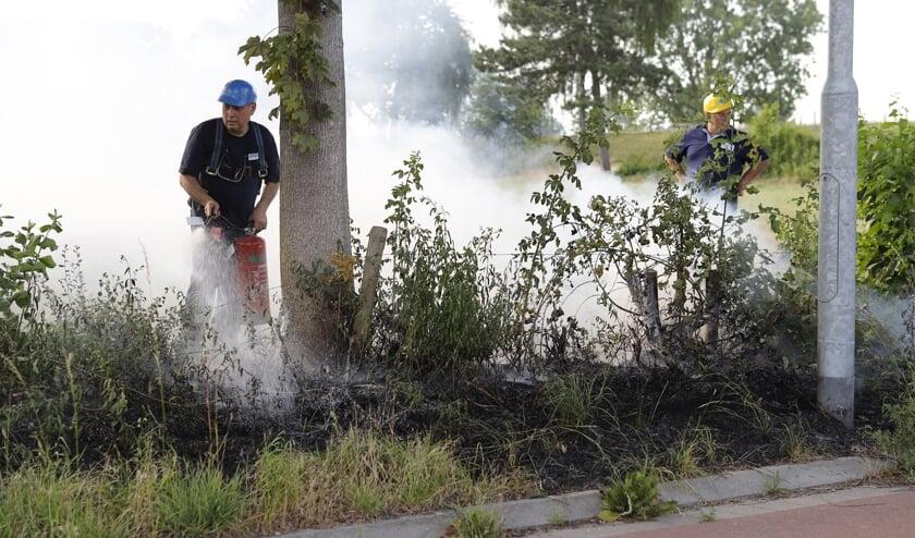 De brandweer is drukdoende met een drietal branden in de omgeving van Katwijk.