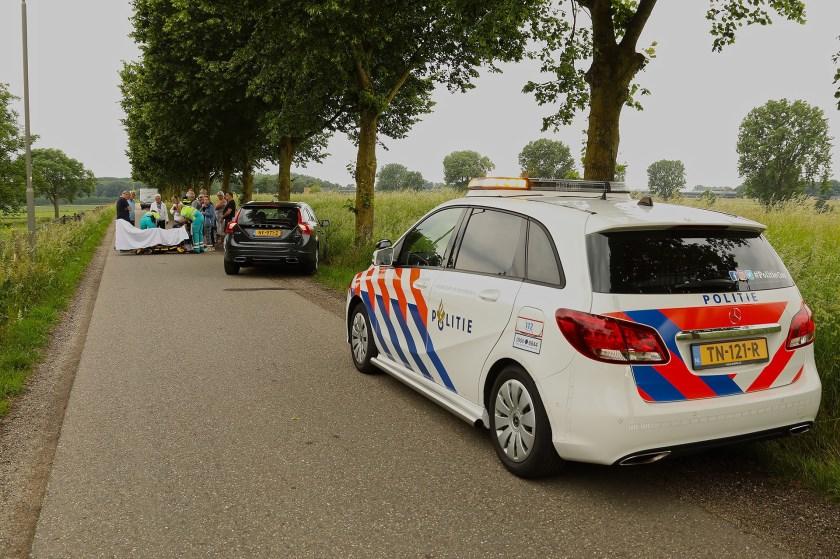 Vrouw gewond bij ongeval op Neerloon. (Foto: Gabor Heeres / Foto Mallo)