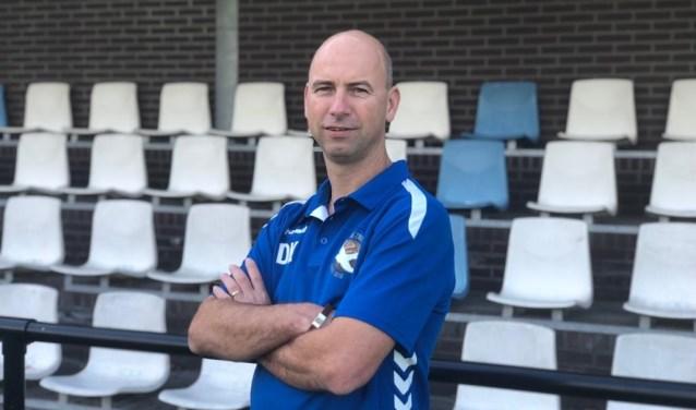 Trainer Dennis Kroes verlaat ook De Zwaluw met een promotie.