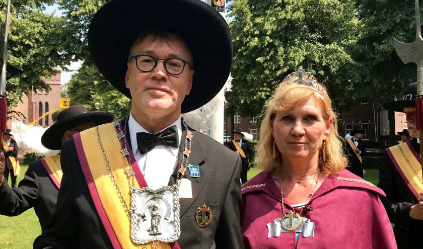 enk Derks mag het komende jaar samen met zijn koningin Crista Verberkt het gilde als koning vertegenwoordigen.