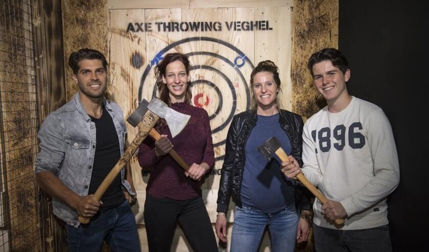 De eerste fanatiekelingen hebben de Axe Throwing baan al mogen uittesten.