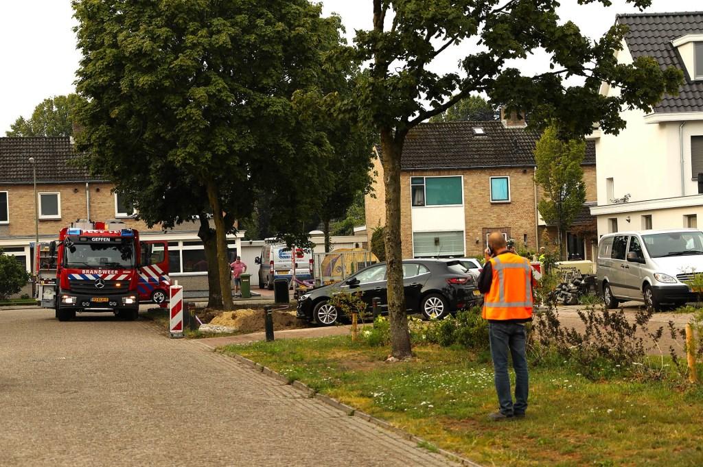 Gaslek bij aanleg van glasvezel in Geffen. (Foto: Gabor Heeres / Foto Mallo)  © 112 Brabantnieuws