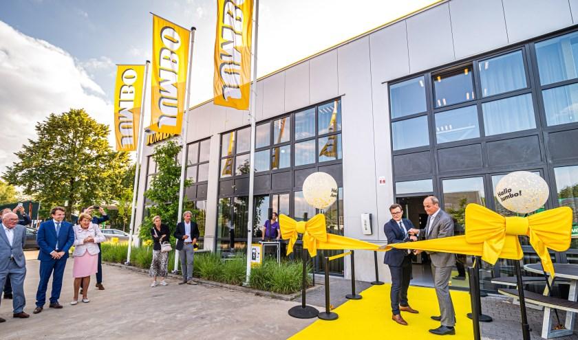CEO Frits van Eerd en managing director Peter Isaac openen het Jumbo kantoor in Brasschaat (eerste Belgische Jumbo-kantoor).