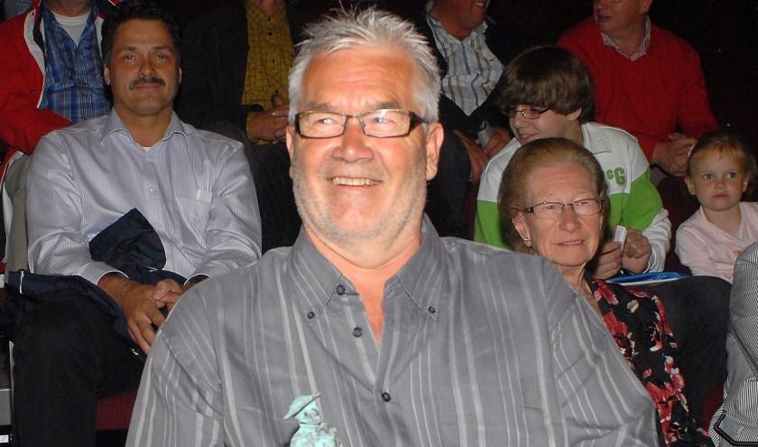 Jan van Neerven ontvangt zelf Dr. Peelen Cultuurprijs in 2009.