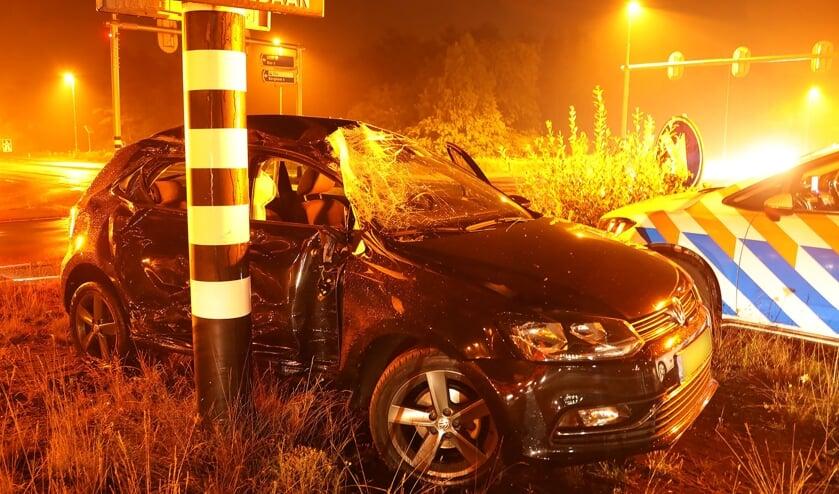 Automobilist heeft engeltje op zijn schouder bij ongeval op N329. (Foto: Gabor Heeres / Foto Mallo)