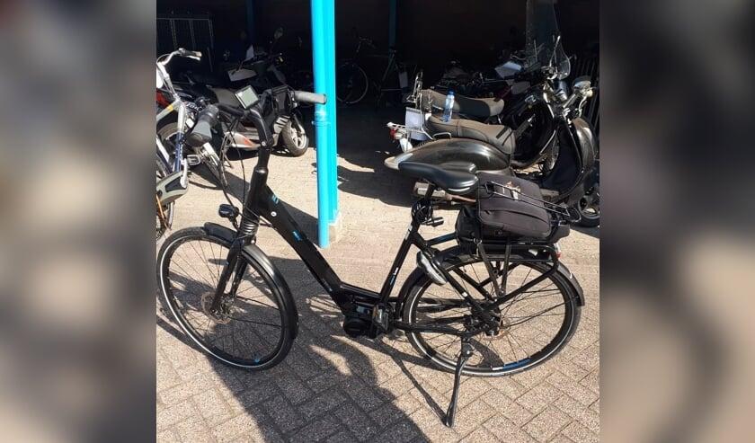 De fiets. (Foto: Facebook wijkagenten Schadewijk)