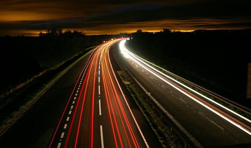 Rijkswaterstaat gaat de verlichting op de A73 herstellen.