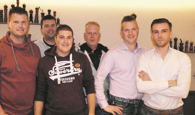 De kartrekkers voor belangrijke Reeuwijkse evenementen: v.l.n.r. Dennis v.d. Made, Richard v.d. Graaf, Sven Verkleij, Eric Voskuil, Rudi Otto en  Ardy van Eijk