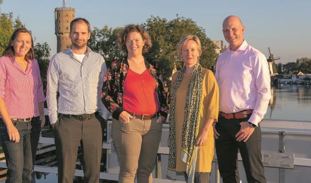 Het bestuur van Platform-Z, met v.l.n.r. Willeke de Waal, Olaf van Dijk, Iowah Munters, Matthja Sterk en Leander Hamel