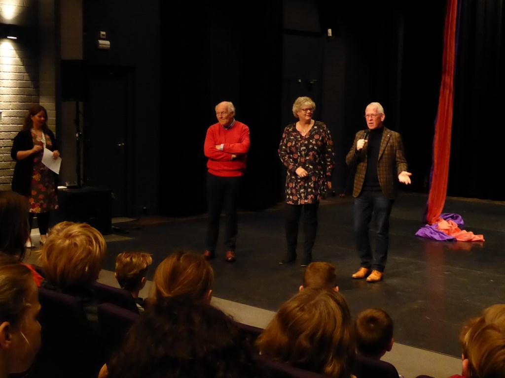 Uitleg over de Theater Rally en de Stichting Het Nut  © Graficelly B.V.