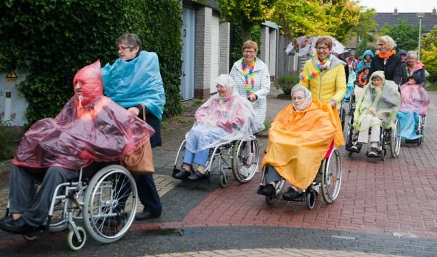 Ondanks het slechte weer gingen de senioren in de ochtend nog goed gemutst op pad