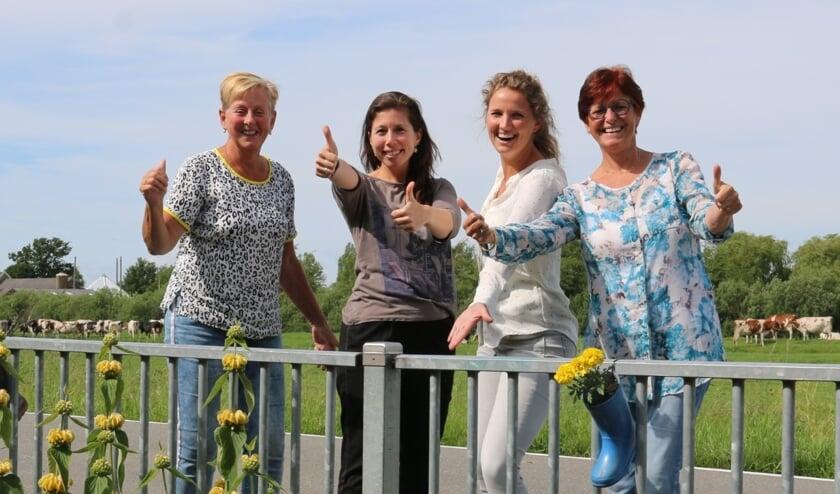 Het enthousiaste team van De Miland, met v.l.n.r. Lia de Wit, (leerlingondersteuner) Daisy Lehmann, (locatieleider en leerkracht groep 6-7-8), Rosalie Baart, (leerkracht groep 4-5) en Anja Post (intern begeleider en leerkracht groep 1-2-3)