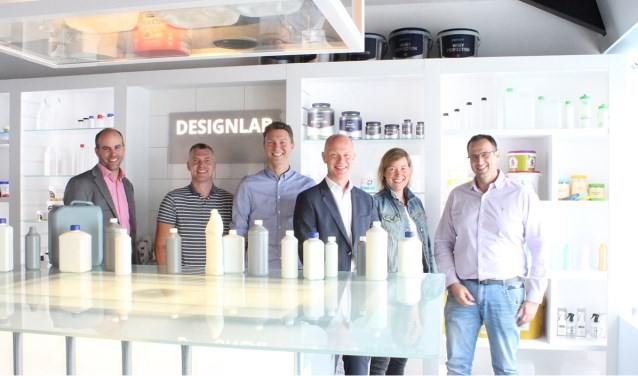 Het team van Houweling is trots op de nieuwe plek op de ranglijst.