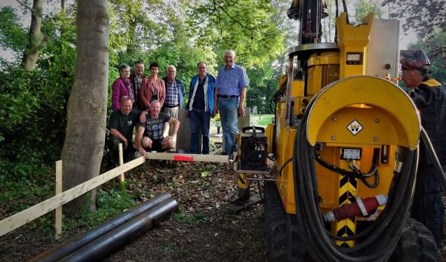 Met het slaan van de eerste palen is een begin gemaakt met de bouw van de Mariakapel. (Foto: PR