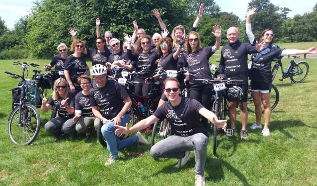 Sommige teamleden hebben flink wat zadelpijn opgelopen tijdens de Erasmus MC Tour de Rotterdam.