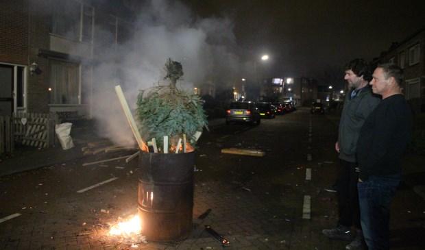 In de Verveenstraat was een bescheiden, maar gezellig fikkie. (foto: Spa Media)